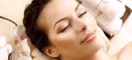 עיסוי ארומתרפי - נעשה בשמנים ארומתרפיים המטהרים את הגוף והנפש