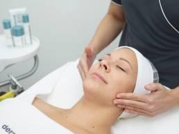 טיפול פנים